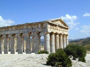 Le temple grec antique de Segeste (Sicile)